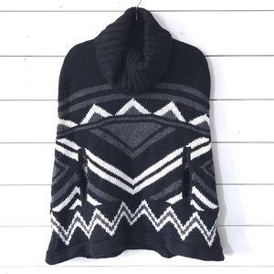 BCBGMAXAZRIA Black White Poncho Sian Cape Sweater